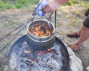 Freiluftkochen beim Stand up Sommer der IGS
